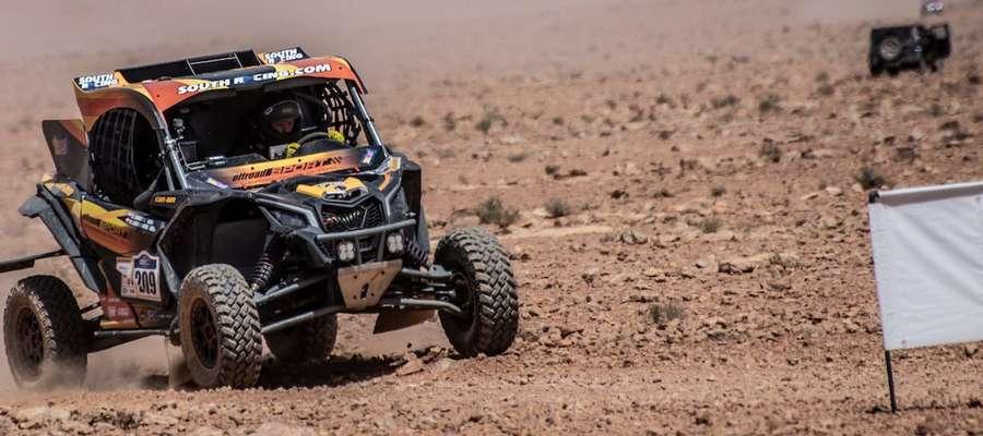 Załoga offroadSPORT Łukaszewski Rally Team na trasie rajdu Afriquia Merzouga Rally