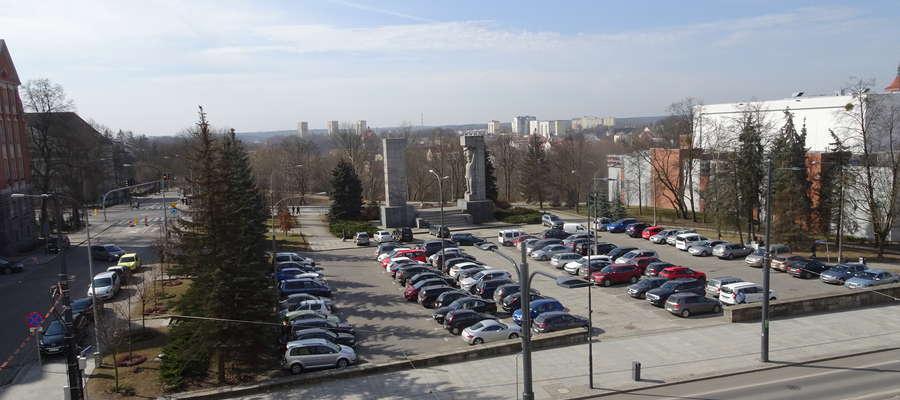 Plac Dunikowskiego kwiecień 2018