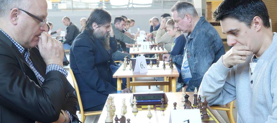 Rosjanin Pavel Shkapenko (z prawej) odzyskał złoto orzyskiej odsłony Grand Prix Warmii i Mazur