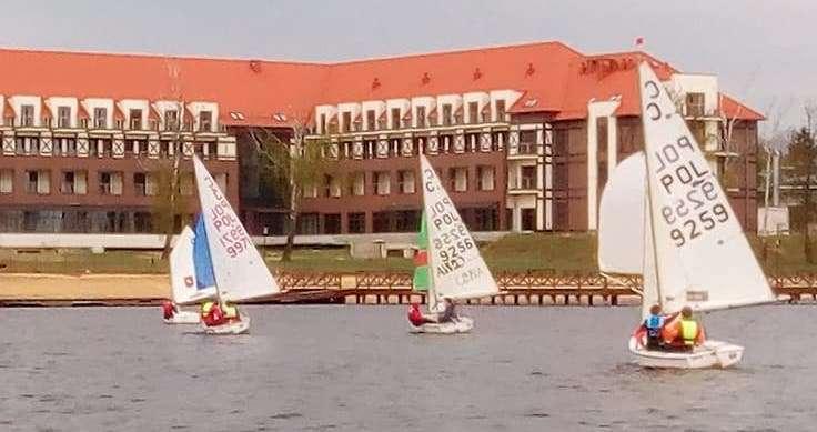 Ponad 50 załóg wystartuje w weekendowych regatach na Jez. Drwęckim - full image