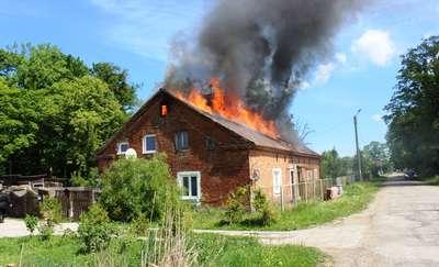 Ponad 40 strażaków gasiło pożar w Gładyszach