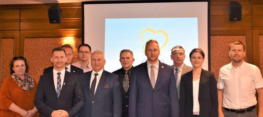 Uczestnicy konferencji dotyczącej przywrócenia połączenia kolejowego Gołdap - Olecko