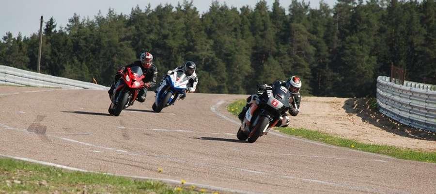 Motocykliści pierwsze treningi mają już za sobą