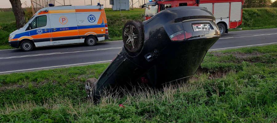 We wtorek 1 maja kilka minut po 20:00 kobieta kierująca audi na trasie Iława - Susz wywróciła pojazd na dach