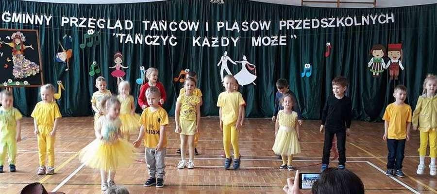 Dzieci zatańczyły na marzęcickiej scenie