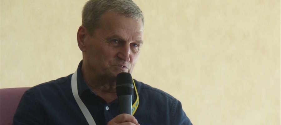 Kapitan Tadeusz Wrona opowiadał o dramatycznym locie 1 listopada 2011 roku, kiedy lądował bez wysuniętego podwozia