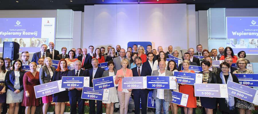 Laureaci konkursu otrzymali granty 16 maja w Warszawie