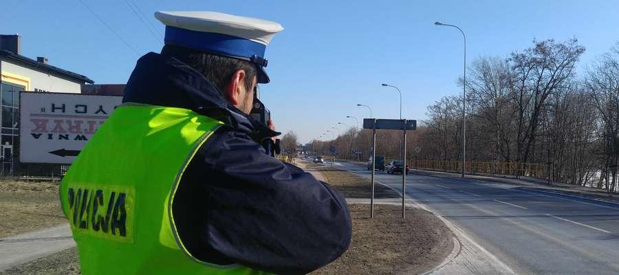 Nadmierna prędkość jest w dalszym ciągu jedną z głównych przyczyn wypadków drogowych