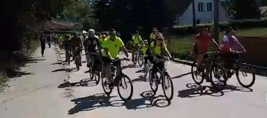 W rajdzie uczestniczyło ponad 700 rowerzystów