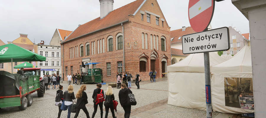 Jedna z 10 stacji systemu rowerowego będzie zlokalizowana koło Starego Ratusza