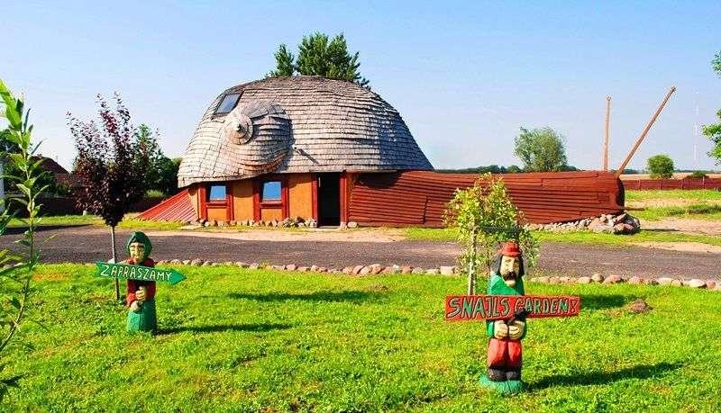 Bistro jest w kształcie domku ślimaka