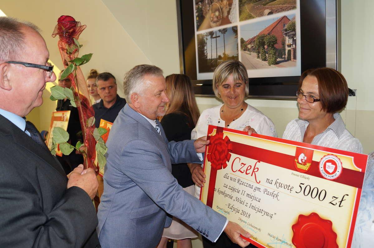 Wręczenie nagrody wsi Rzeczna