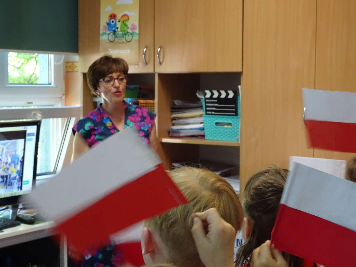 Jolanta Okuniewska podczas telemostu