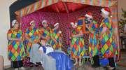 Seniorzy ze Złotowa w inscenizacji o Królewnie Śnieżce