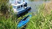Dryfujący kajak na rzece Elbląg. Podejrzewali, że doszło do tragedii [zdjęcia]