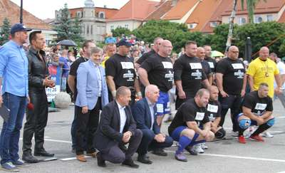"""Puchar Polski Strongman. Każdy chciał selfie z """"Pudzianem"""""""