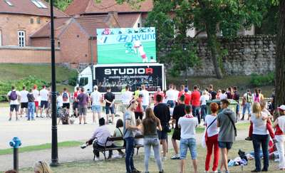 Mieszkańcy Olsztynka cieszą się ze strefy kibica