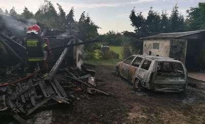 Pożar auta oraz budynku
