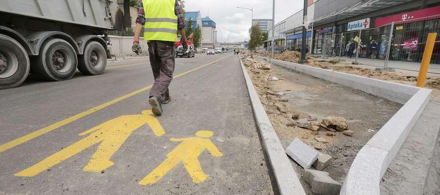Partyzantów po przebudowie  Olsztyn-ulica Partyzantów po przebudowie częściowo otwarta