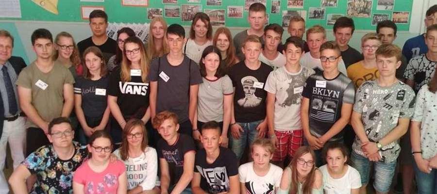 Uczniowie Szkoła Podstawowa w Kiwitach gościła po raz drugi młodzież z partnerskiego niemieckiego miasta Lathen.