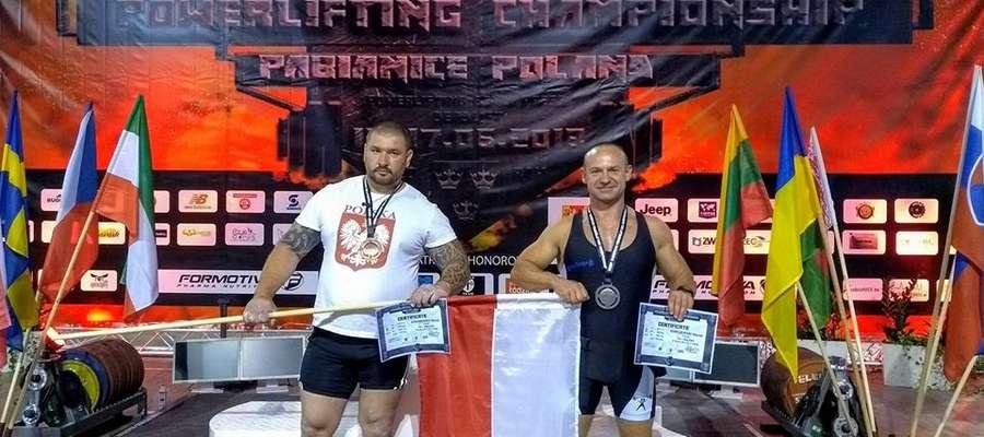Dwaj Markowie, medaliści mistrzostw Europy federacji WUAP: z lewej Marek Makarewicz, z prawej Marek Remiszewski