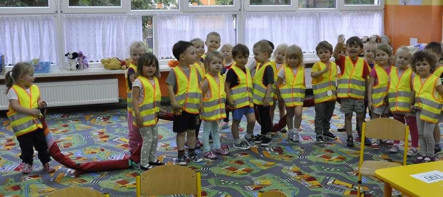 Przedszkolaki gotowe do wykonania zadania