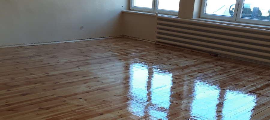 Nowa podłoga w sali gimnastycznej