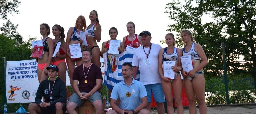 Podium mistrzostw województwa juniorek