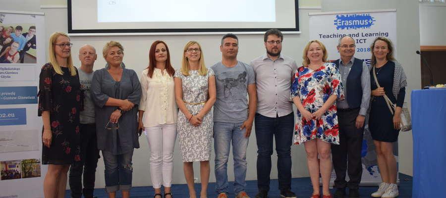 Koordynatorzy projektu: dyrektor E. Downar, S. May i P. Matyjasek na konferencji ICT w Ekomarinie