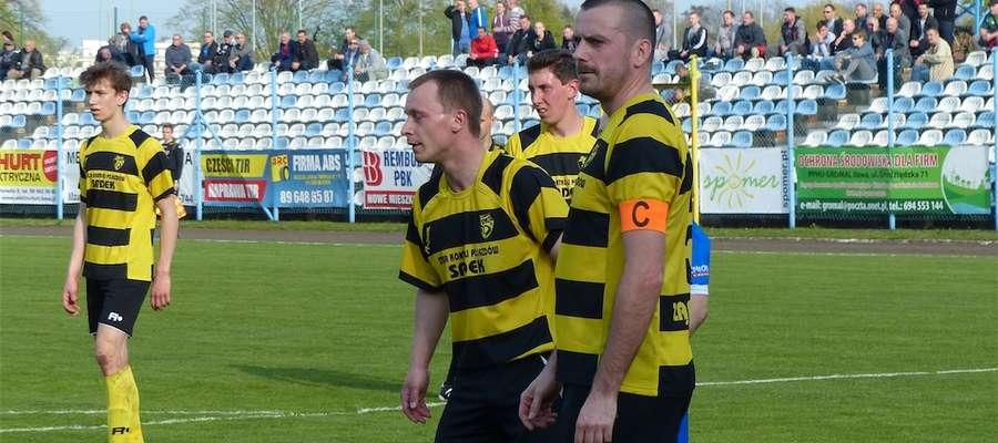Piłkarze Osy Ząbrowo, tu akurat podczas meczu w Iławie w maju 2017