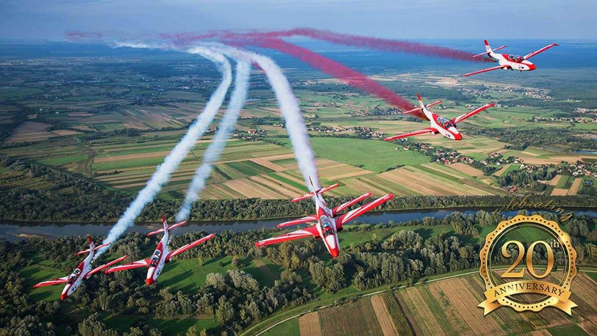 Mazury AirShow 2018. Podniebne akrobacje po raz kolejny nad Niegocinem! - full image