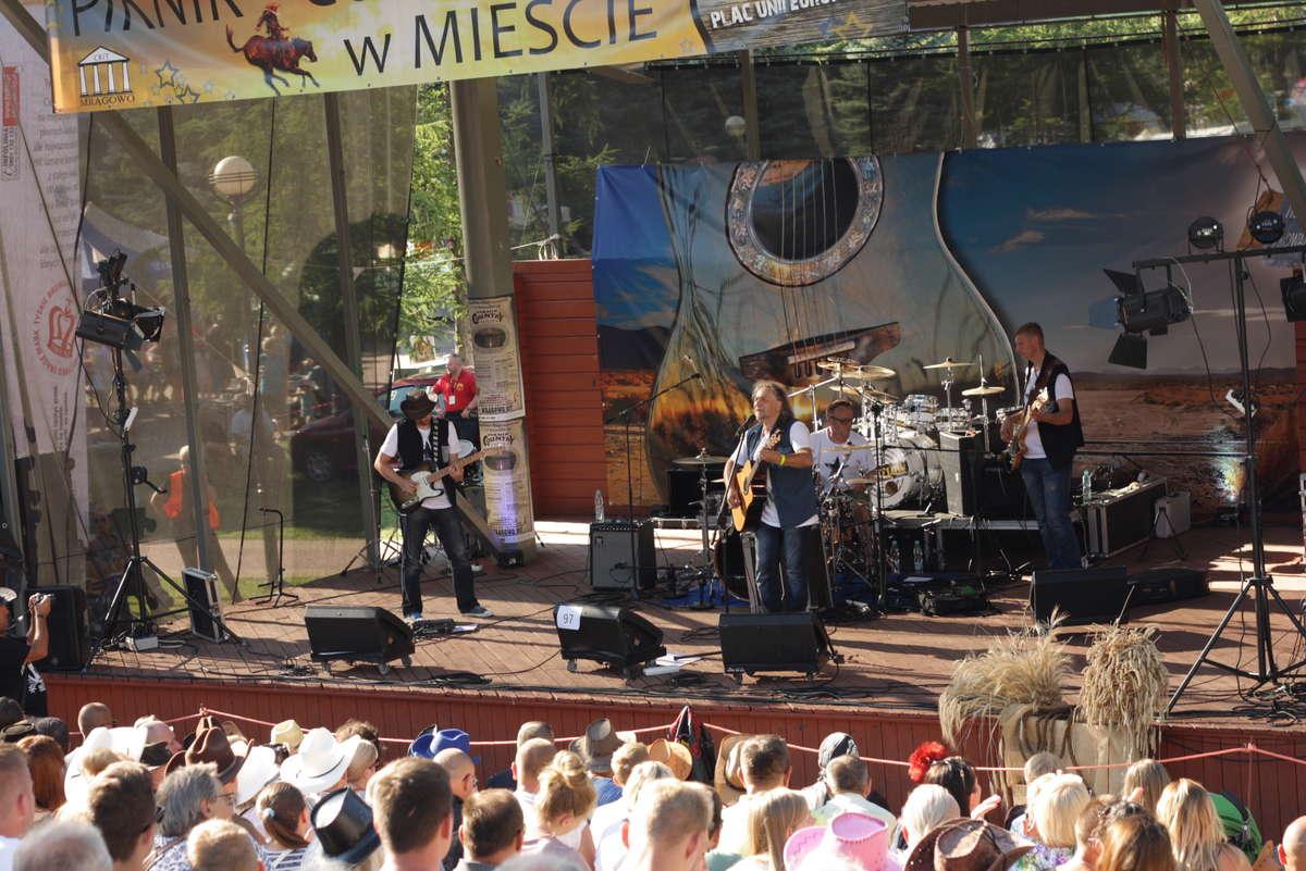 Święto muzyki country w Mrągowie - full image