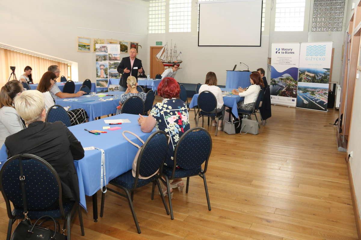 Spotkanie z przedsiębiorcami, samorządowcami i przedstawicielami organizacji pozarządowych 20 lipca w Giżycku