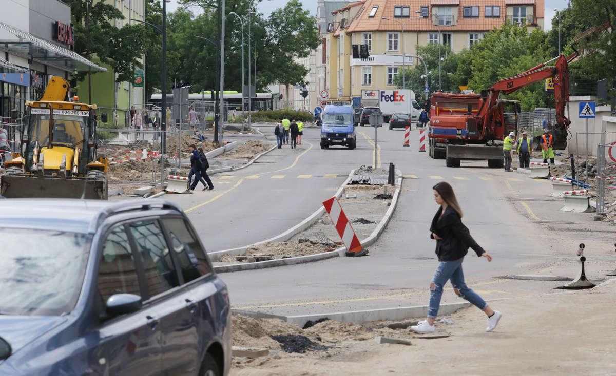 ul. Partyzantów drugi odcinek, jest już asfalt