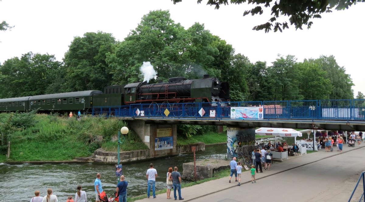Przejażdżka zabytkowym pociągiem  - full image