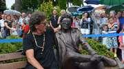 Wokalista Lady Pank odsłonił swoją ławeczkę w Olecku [ZDJĘCIA]