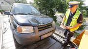 Wypadek na ul. Bałtyckiej w Olsztynie. Kierowca Land Rovera potrącił mężczyznę na przejściu dla pieszych