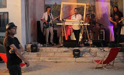 Funky Tank grał a Andrzej Cisowski malował obraz. [FILMY, ZDJĘCIA]