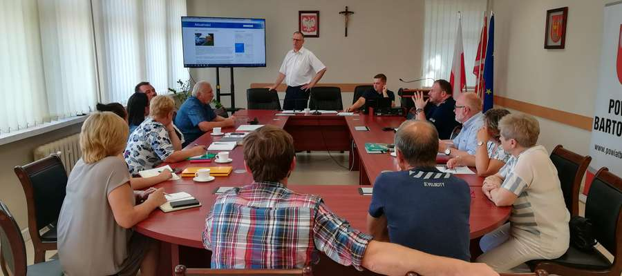 Spotkanie w starostwie powiatowym dotyczące wykrycia ogniska ASF