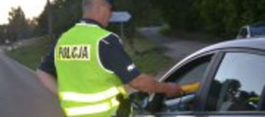 Policja apeluje do wszystkich użytkowników dróg o rozsądek i odpowiedzialne zachowanie na drodze