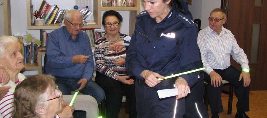 Działdowska policja bardzo często prowadzi akcje propagujące bezpieczeństwo seniorów