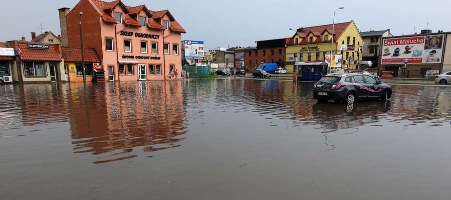Parking nad Drwęcą wyglądał jak jezioro