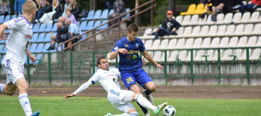 Piłkarze Stomilu zagrali mecz kontrolny w Gołdapi, przegrywając z Wigrami Suwałki