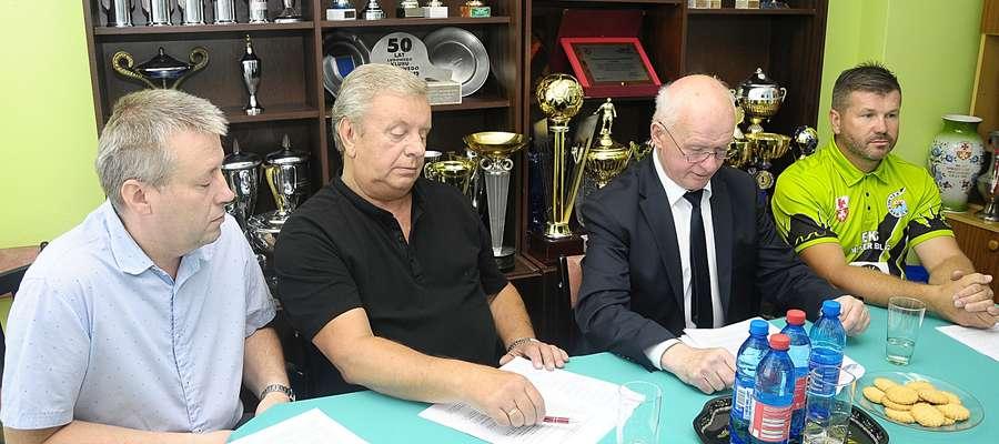 Tę pomyślną informację zawodnikom i władzom Mlexera przekazał w piątek (29.06) wicewojewoda warmińsko-mazurski Sławomir Sadowski, podczas uroczystego spotkania w Elblągu