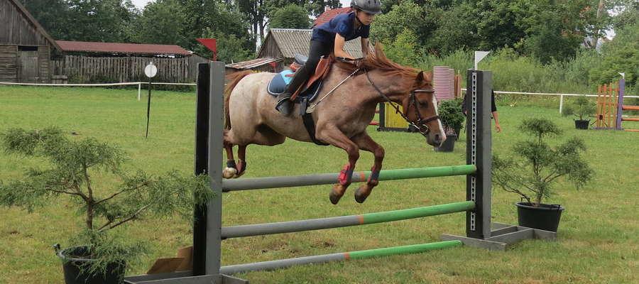 W Żegotach odbyły się po raz piąty Regionalne Zawody Jeździeckie w Skokach Przez Przeszkody