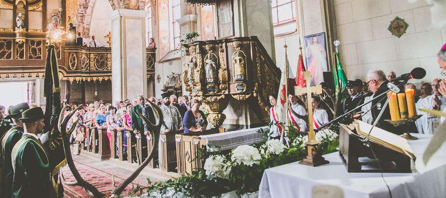 W Chwalęcinie odbyły się uroczystości związane z 290-tą rocznicą konsekracji kościoła pod wezwaniem Podwyższenia Krzyża Świętego