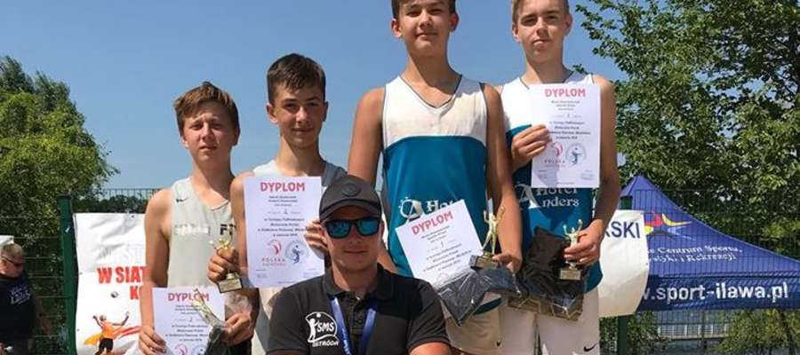 Siatkarze SMS Ostróda zdominowali turniej w Iławie