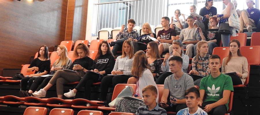 Spotkanie w amfiteatrze i debata o studiowaniu w Polsce oraz promocji kraju