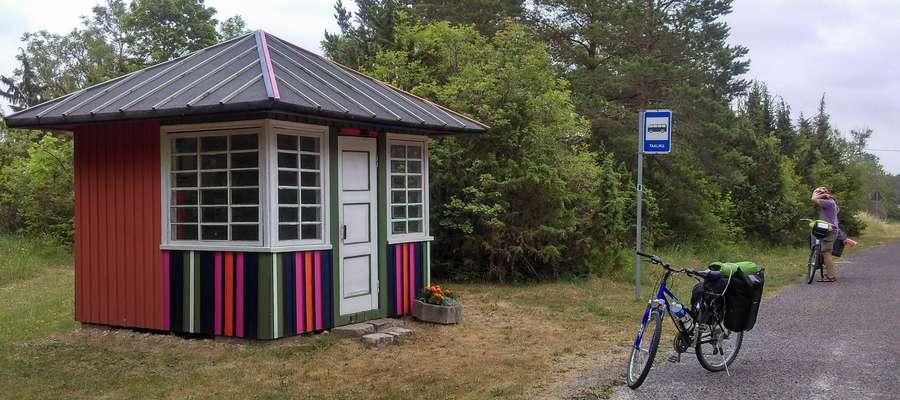 Tak wyglądają w Estonii... przystanki autobusowe