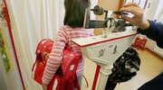 Ciężki plecak jest groźny dla dzieci